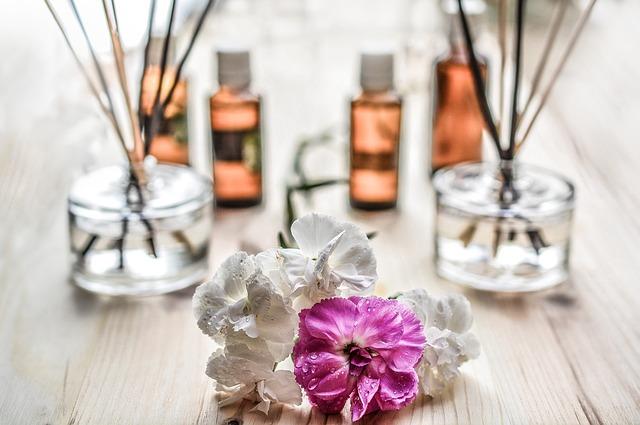 Czy warto kupować zamienniki perfum?