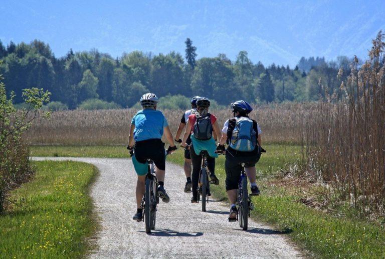 Jak wyszukać odpowiedniej jakości kurtkę na rower?